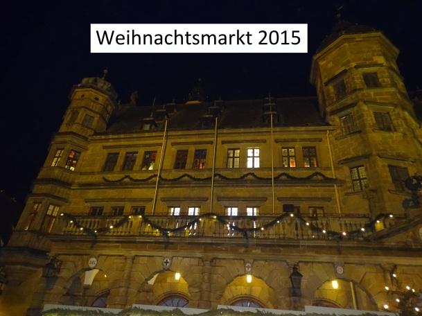 Adventsfenster am Rathaus